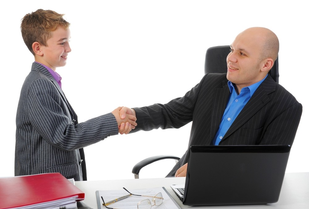 How to avoid family conflict over wages