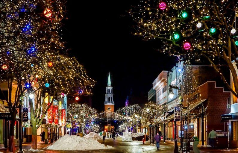 UK Retail sales decrease despite going into the Christmas Period