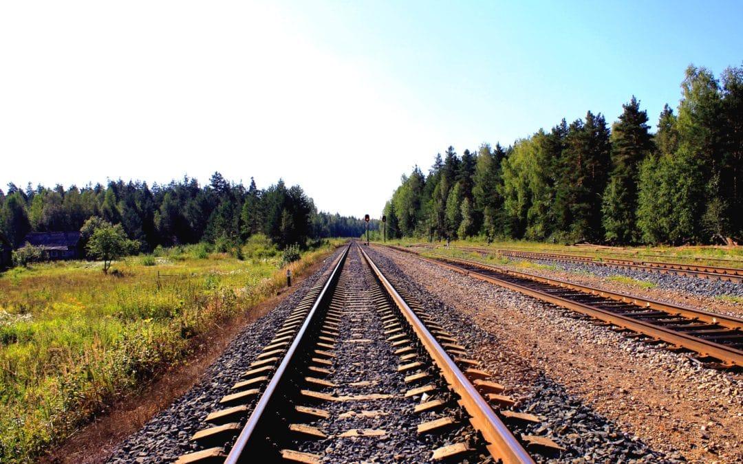 UK government make £1bn rail budget cut